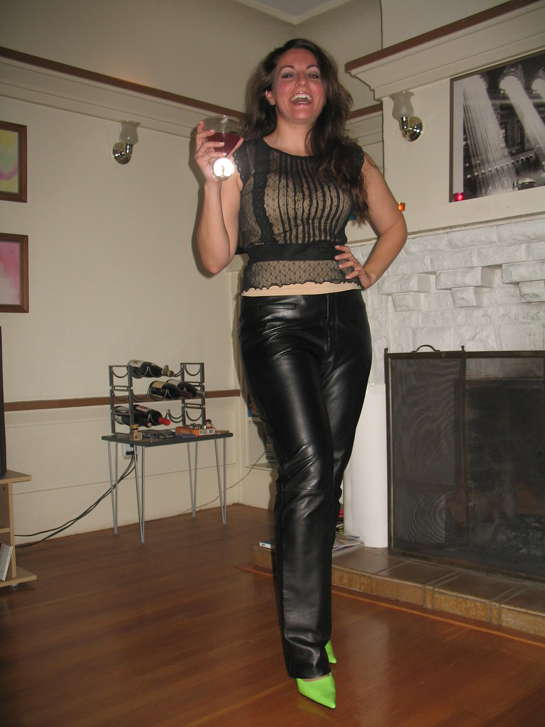 23 Simple Women In Leather Pants On Flickr