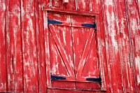 Red Barn Door | Rustic red barn door this was up on the ...