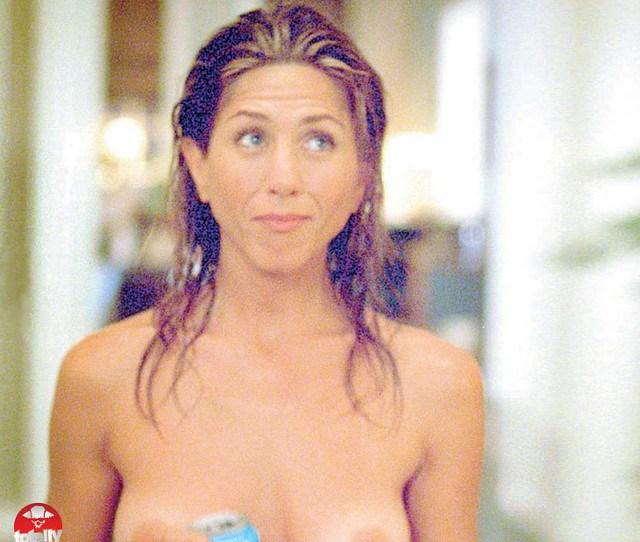 Jennifer Aniston Topless In Breakup By Luis Buenaventura