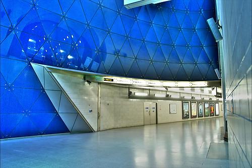 Southwark Tube Station  London  Artizen HDR lock06