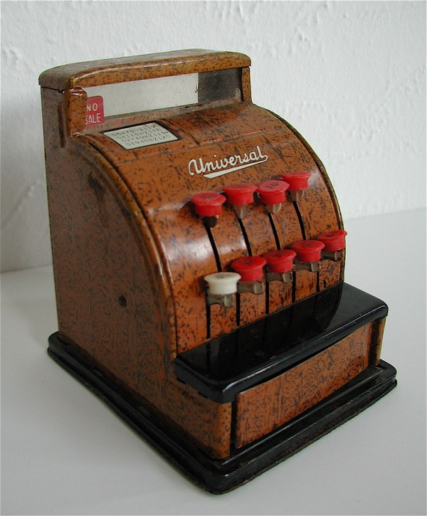 Universal Tin Cash Register 1940s Pidgeon