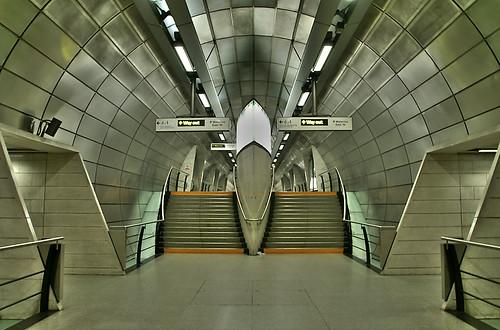 Southwark Underground Station  Jubilee Line  Tunnel in Sou  Flickr