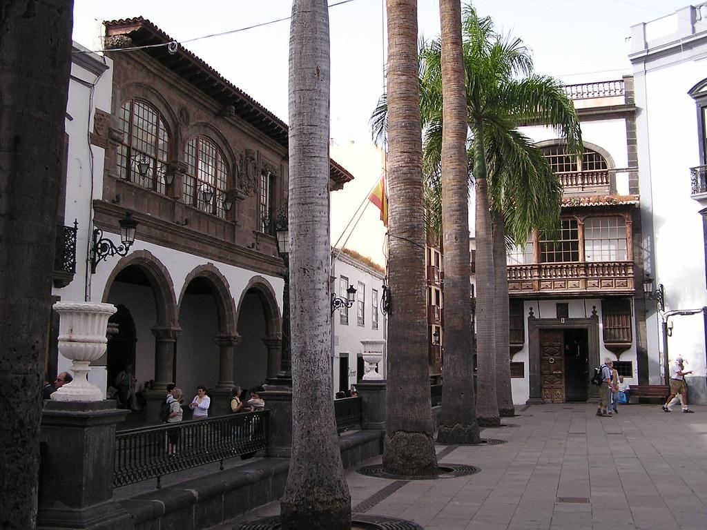 Plaza España Casas Consistoriales y Casa Monteverde Santa Cruz de la Palma