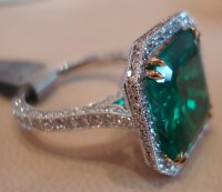 Colombian emerald ring | View large Traditionally mined in ...