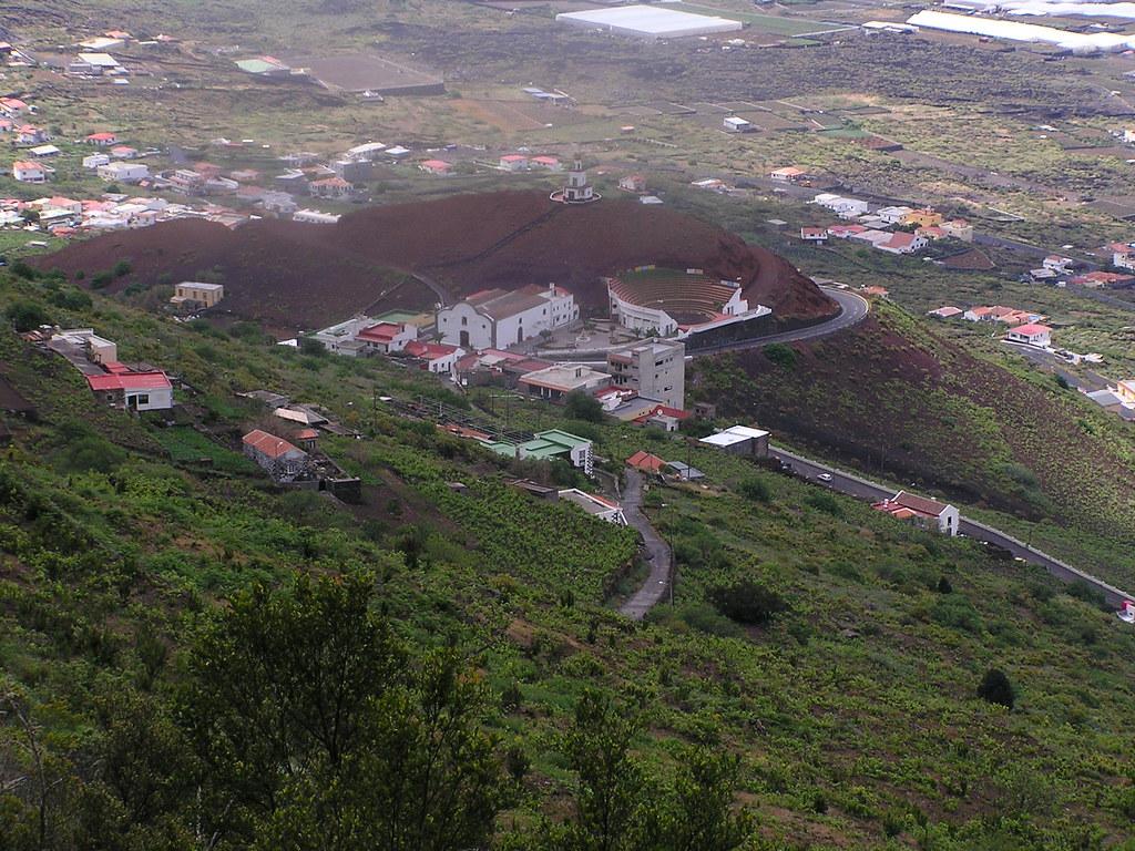 Campanario e iglesia de Nuestra Señora de La Candelaria La Frontera El Golfo Isla de El Hierro