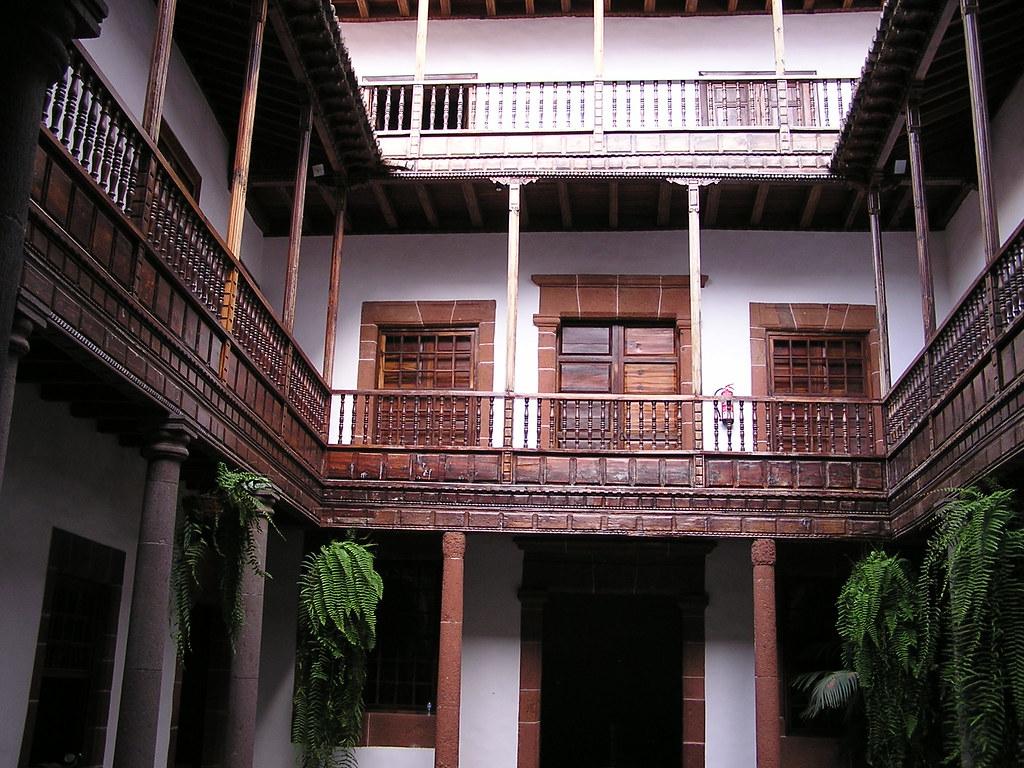 patio interior Casa Palacio de Salazar calle O'Dary nº 22 Santa Cruz de la Palma