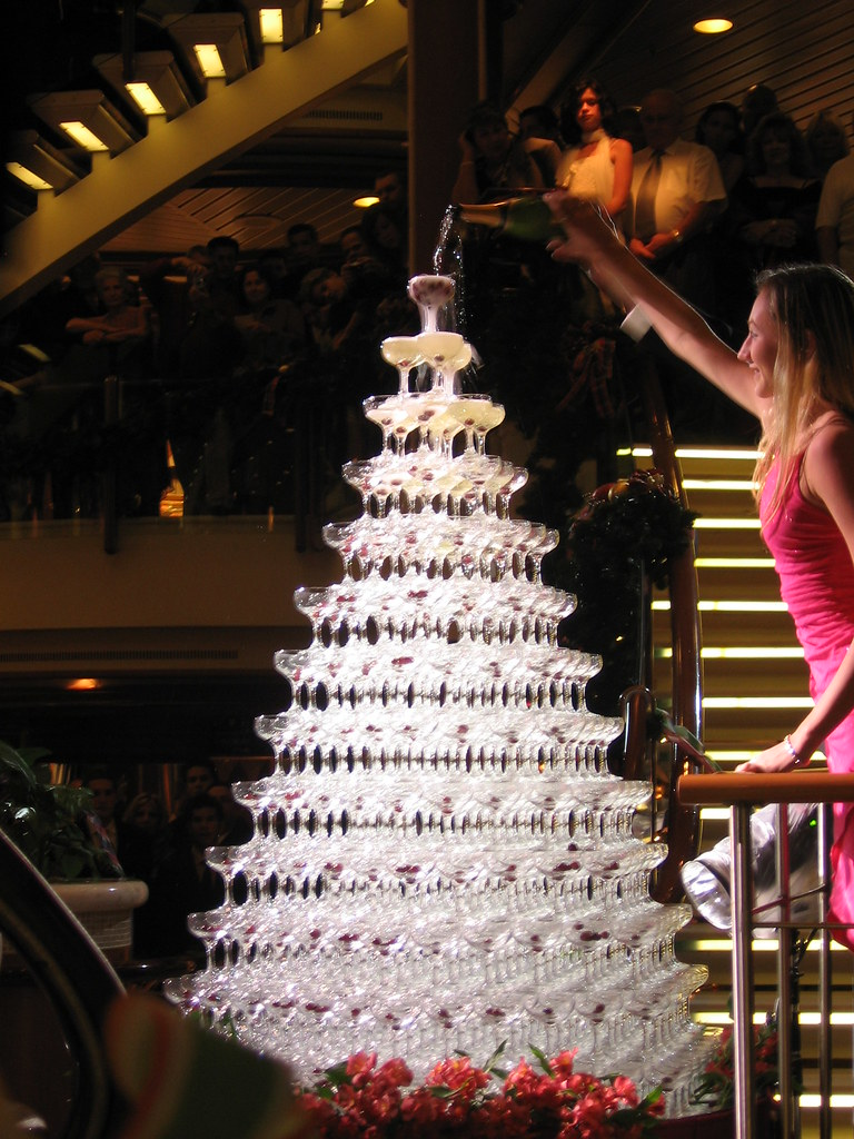 Champagne fountain  Over 700 glasses in this pyramid
