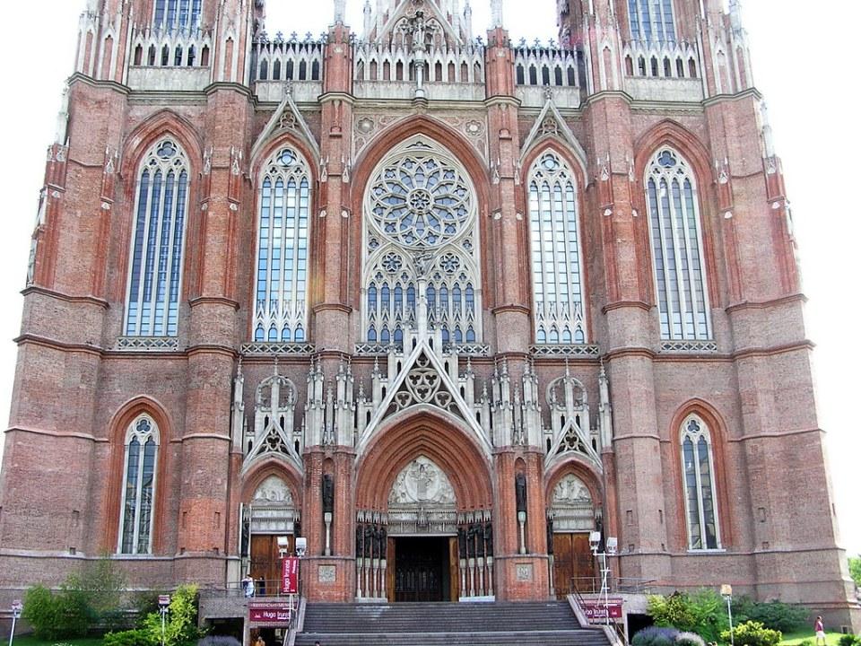fachada Catedral Metropolitana Inmaculada Concepción La Plata Argentina 188