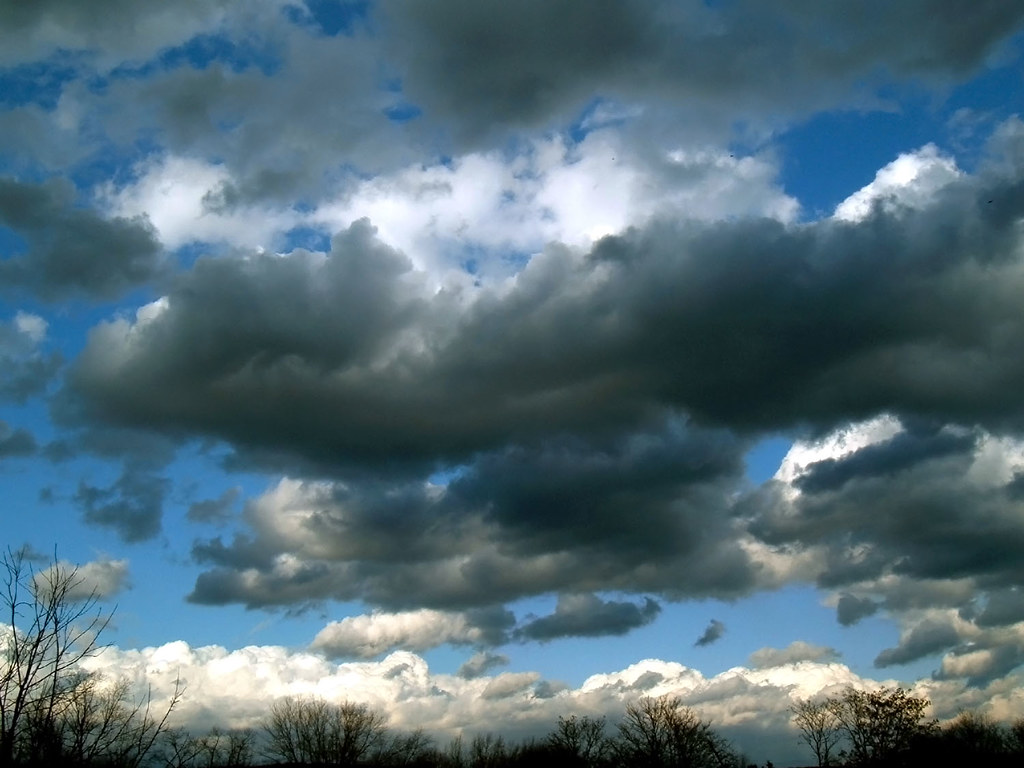 Ominous  Stratocumulus clouds in the wake of a cold front  Nicholas A Tonelli  Flickr