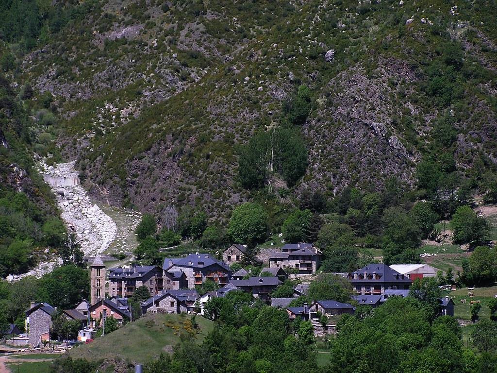 vistas Pueblo de Bohi Pirineos Lerida 01