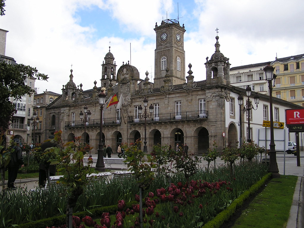 Lugo Ayuntamiento Plaza Mayor 01