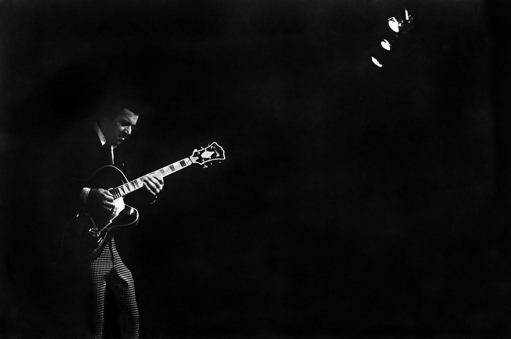 3d Black Background Wallpaper Kenny Burrell Guitar Buffalo 1977 Tom Marcello Flickr