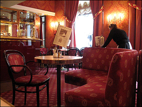 Caf Sacher Wien  Vienna  the absolutely must at Vienna