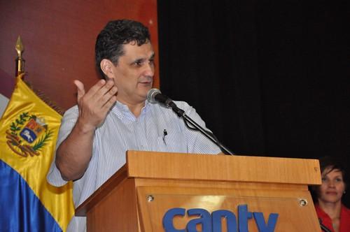Manuel Fernandez | Cantv impulsa la formación integral de sus trabajadores