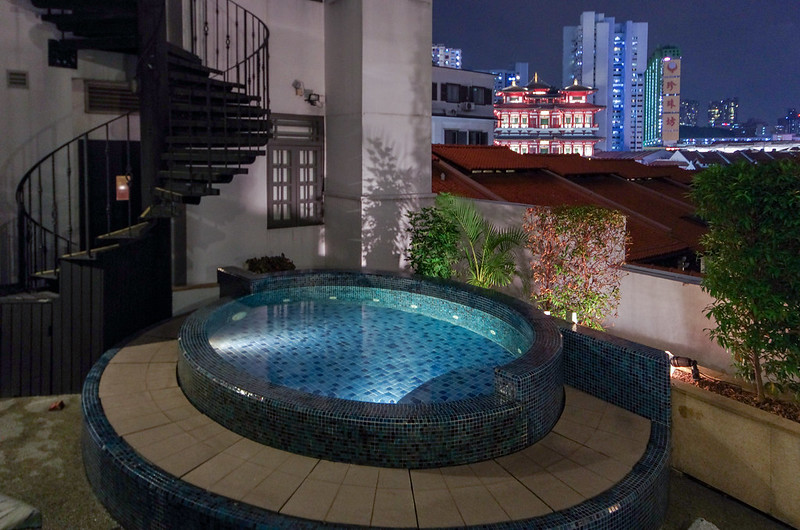 outdoor jacuzzi - the scarlet singapore