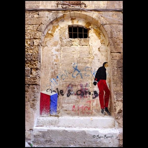 """Taranto Citt Vecchia. Street Art. 77.""""masso Nella Manica"""