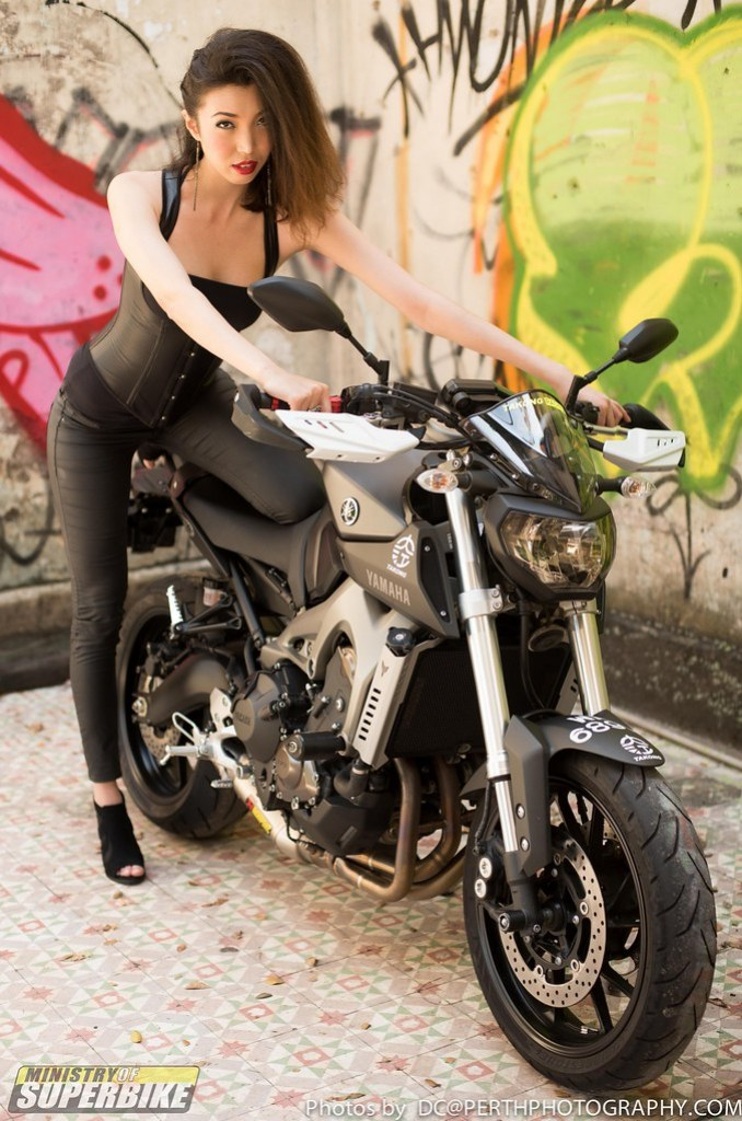 Dinara and the Yamaha MT-09