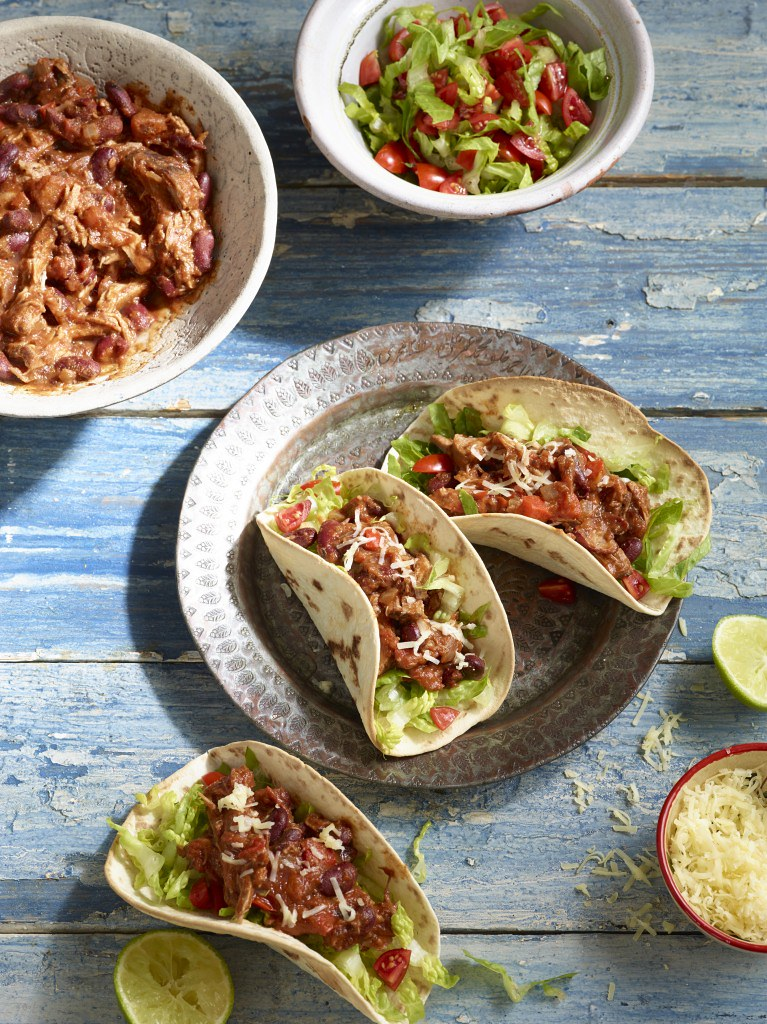 Slow Cooker Pulled Pork Chilli Con Carne  Try our mouth