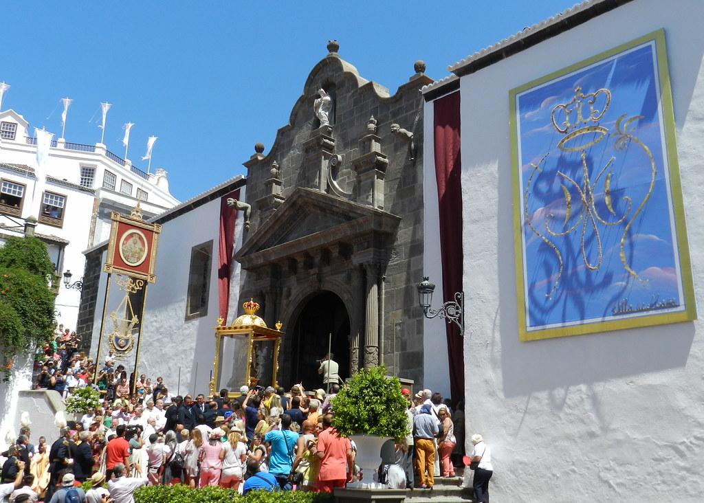 Llegada de la Virgen a Santa Cruz de La Palma procesión desde el Castillo hasta Iglesia El Salvador 28