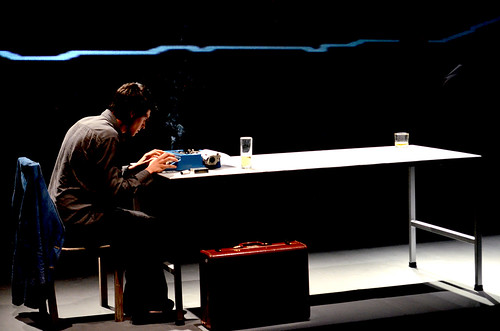 Últimas funciones de Huracán en el teatro El Rinoceronte Enamorado