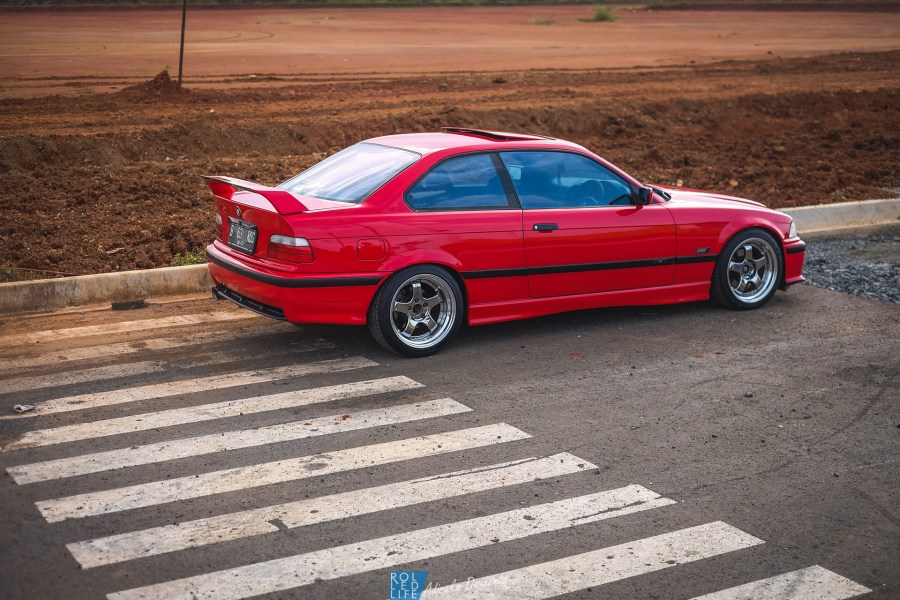 Gerard BMW E36 320i Coupe-12