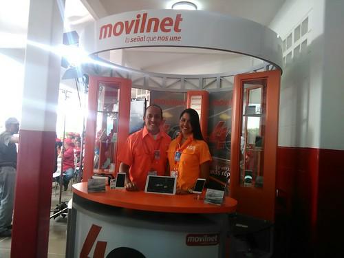 Stand de Movilnet en el lanzamiento del domingo de la red 4G LTE, bajo el nombre comercial de 4G Max. Sólo dispositivos Android, iOS brilla cada día más por su ausencia.
