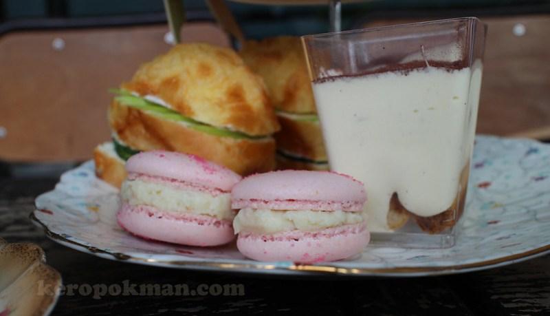 Carpentar and Cook, Dilmah High Tea Set