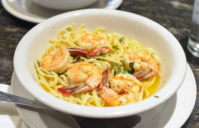 SHRIMP SCAMPI Served with Linguine and choice of red or white sauce