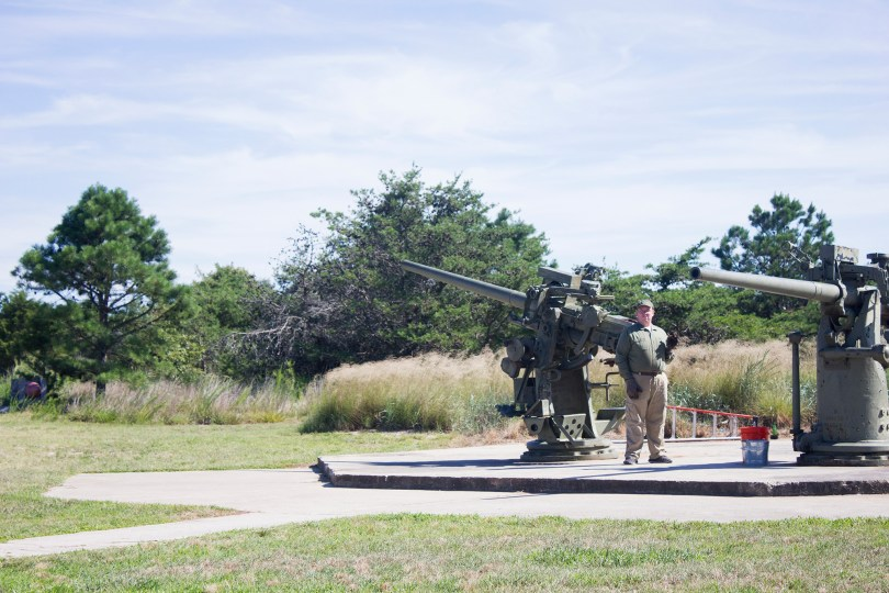 fort-miles-delaware-battery-demonstration