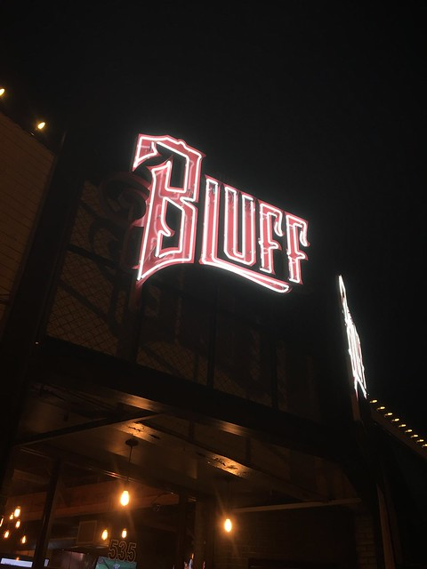 1646 The Bluff