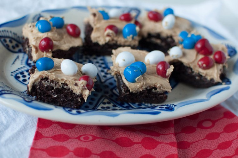 Patriotic Peanut Butter Frosted Brownies 2