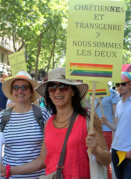 15f27 Gay Pride_0133 variante Uti 425
