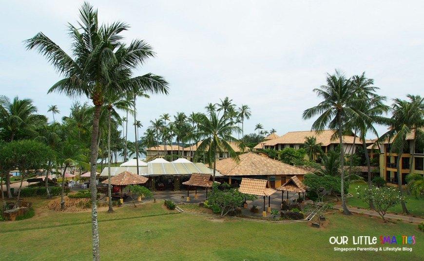 Nirwana Gardens Poolside Restaurant