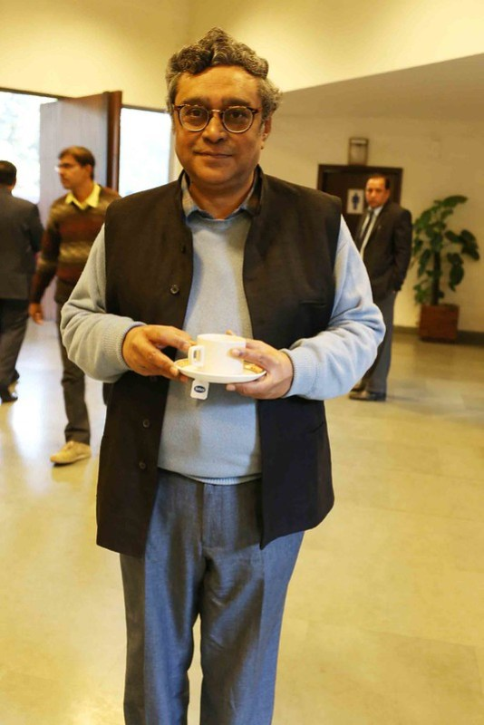 Netherfield Ball – MP Swapan Dasgupta Leads The New Right-Wing Elite at Hindol Sengupta's Book Launch, Teen Murti Bhawan