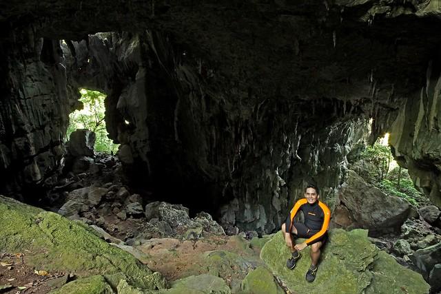 Umang Cave