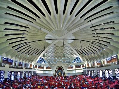 Masjid Termegah dan Terbesar di Sumatera Barat