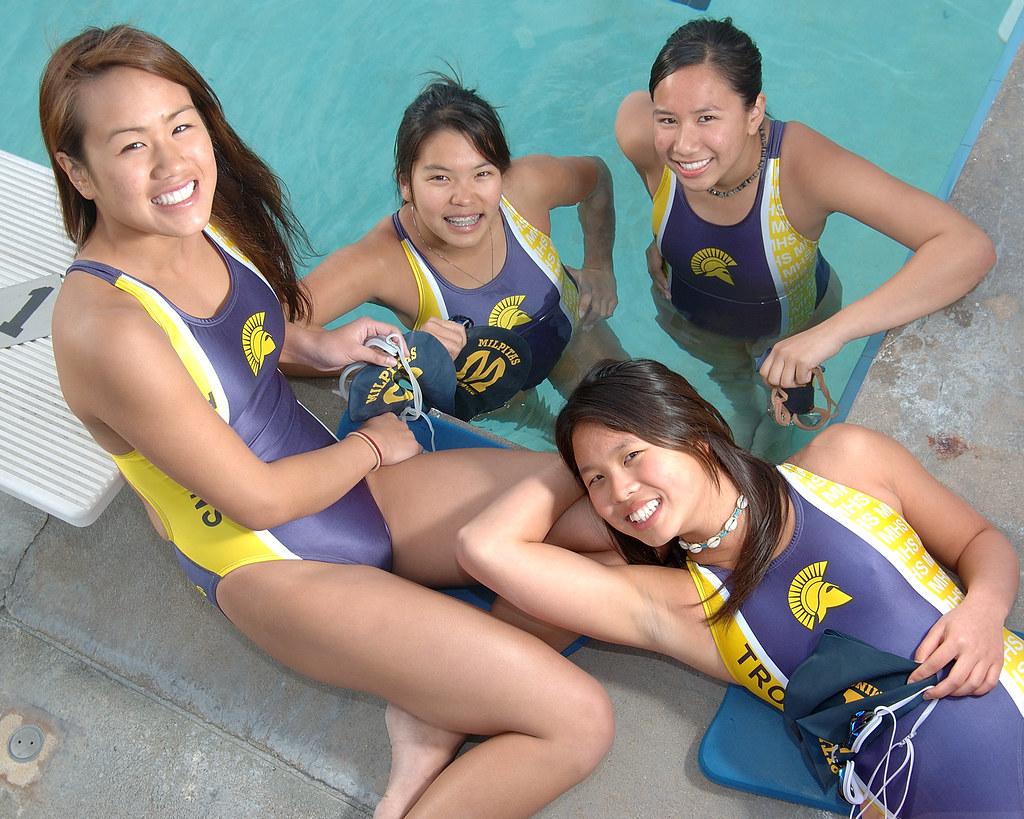 Nude swim team Swimming naked: