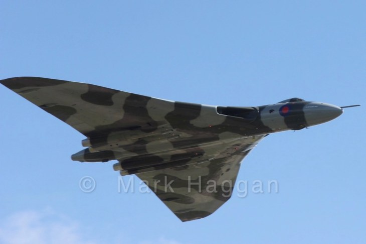 Avro Vulcan XH558 on the Salute to the V-Force tour  at East Midlands Airport