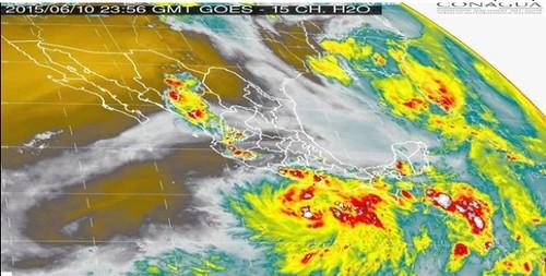 tormenta tropical carlos