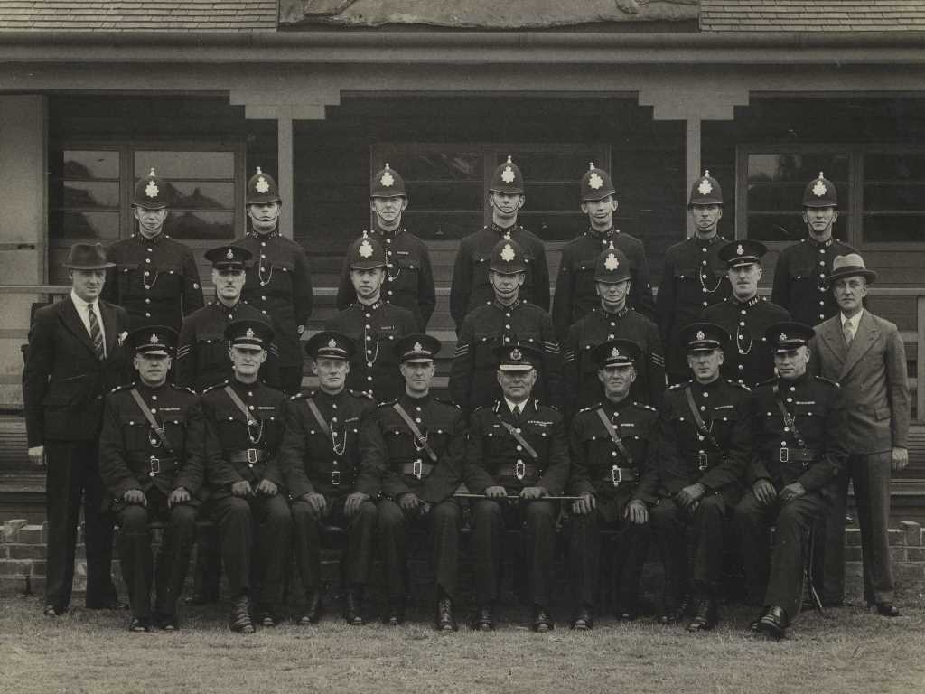 Senior Officers At Hull City Police 2nd July 1943 Archiv
