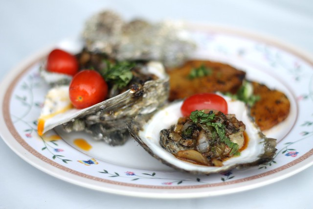 Pineapple Oysters