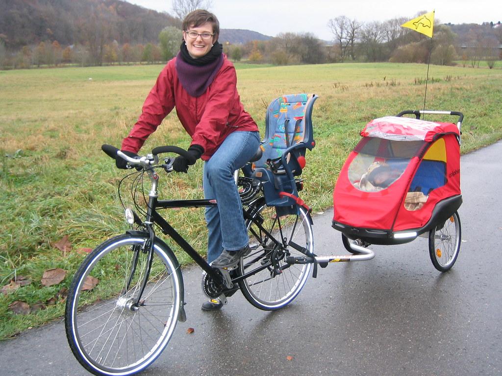 Baby in a bike trailer  Thats my little friend Linnea in