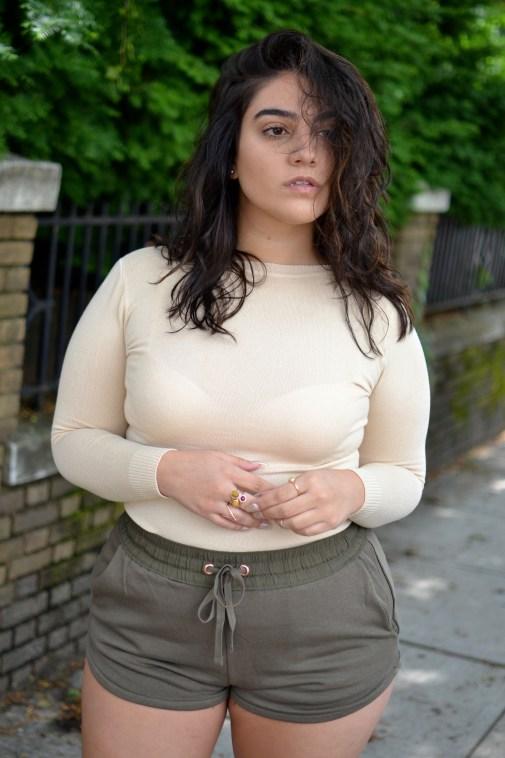 khaki shorts nadia