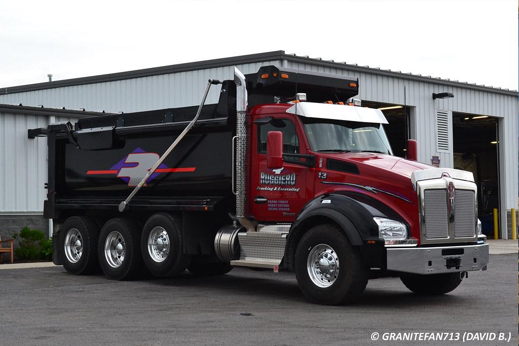 Kenworth T880 Tri Axle Dump 2