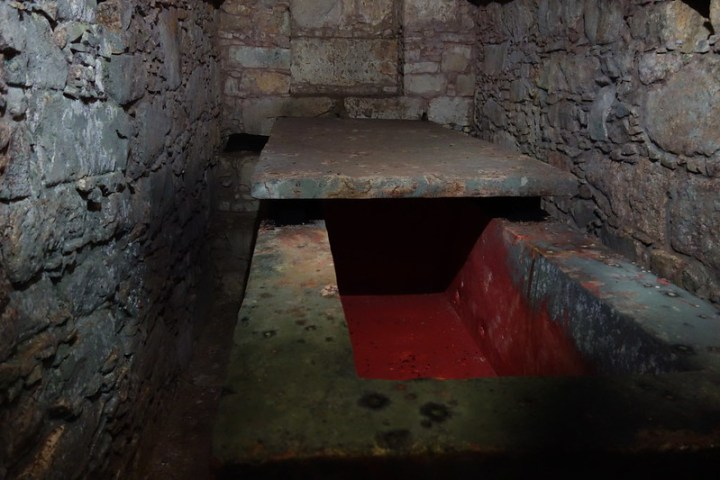 The Red Queen's sarcophagus