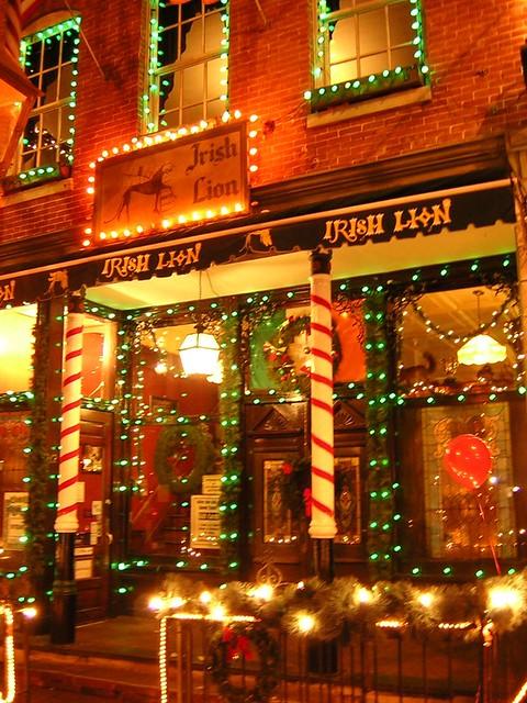 Irish Lion Pub Dressed Up For Christmas Bloomington Indi