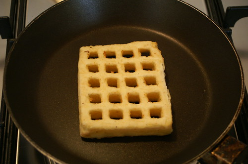 Waffle  Sings Birds Eye Potato Waffles are Waffely