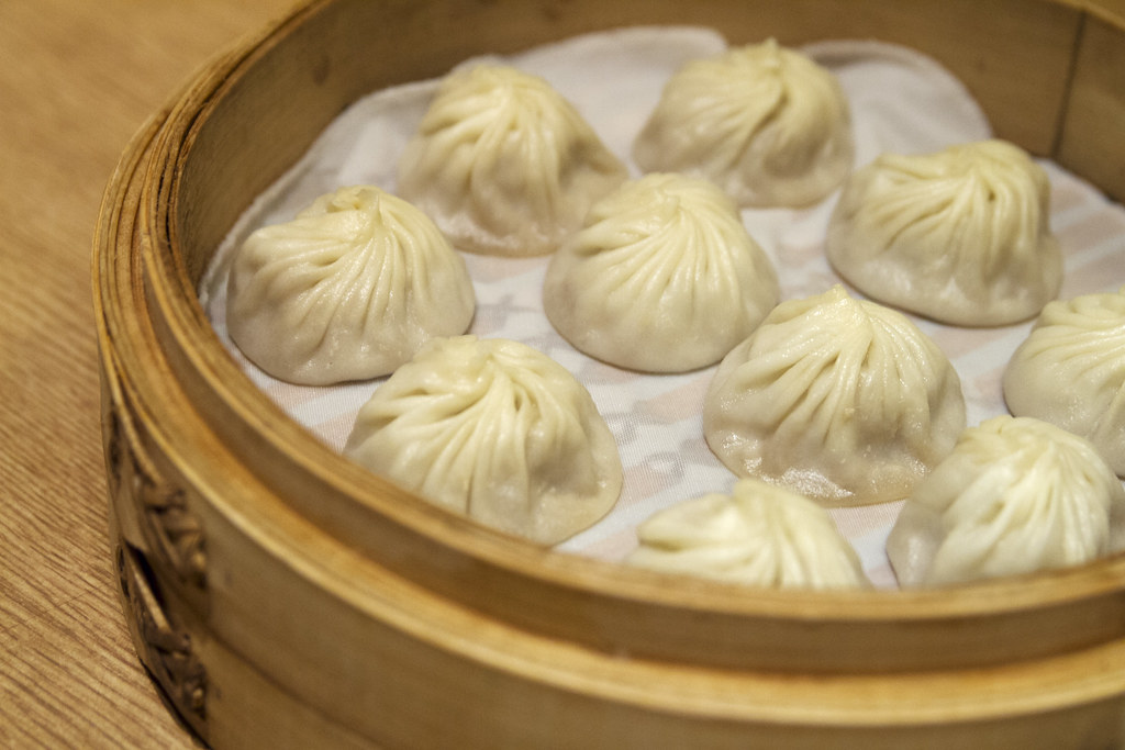 Image result for yong kang street ding tai fung xiaolongbao