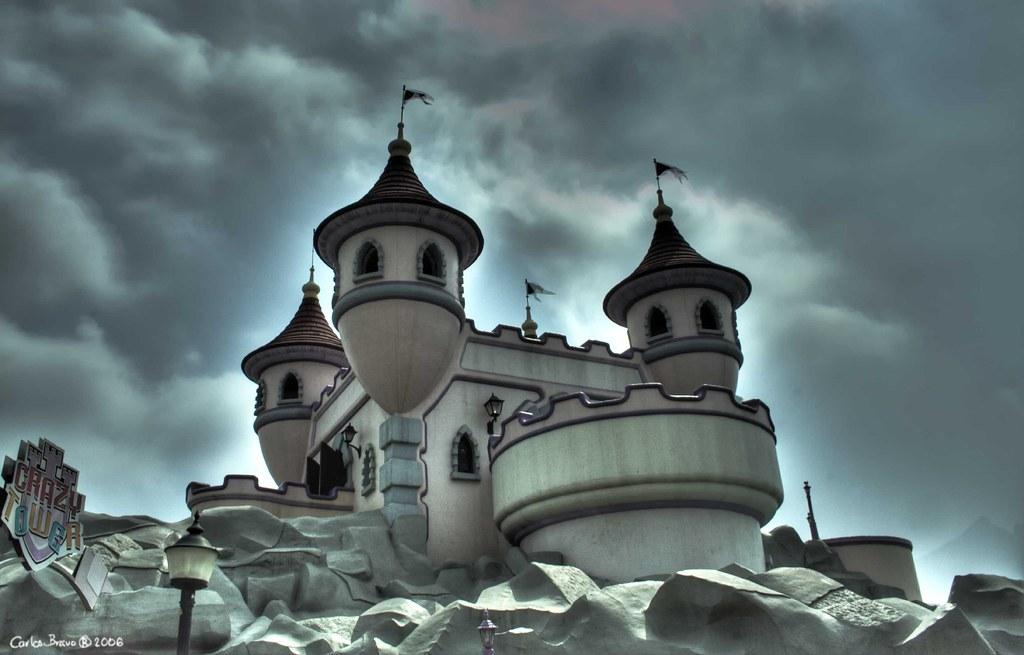 Castillo del Conde Contar  Parque Plaza Ssamo