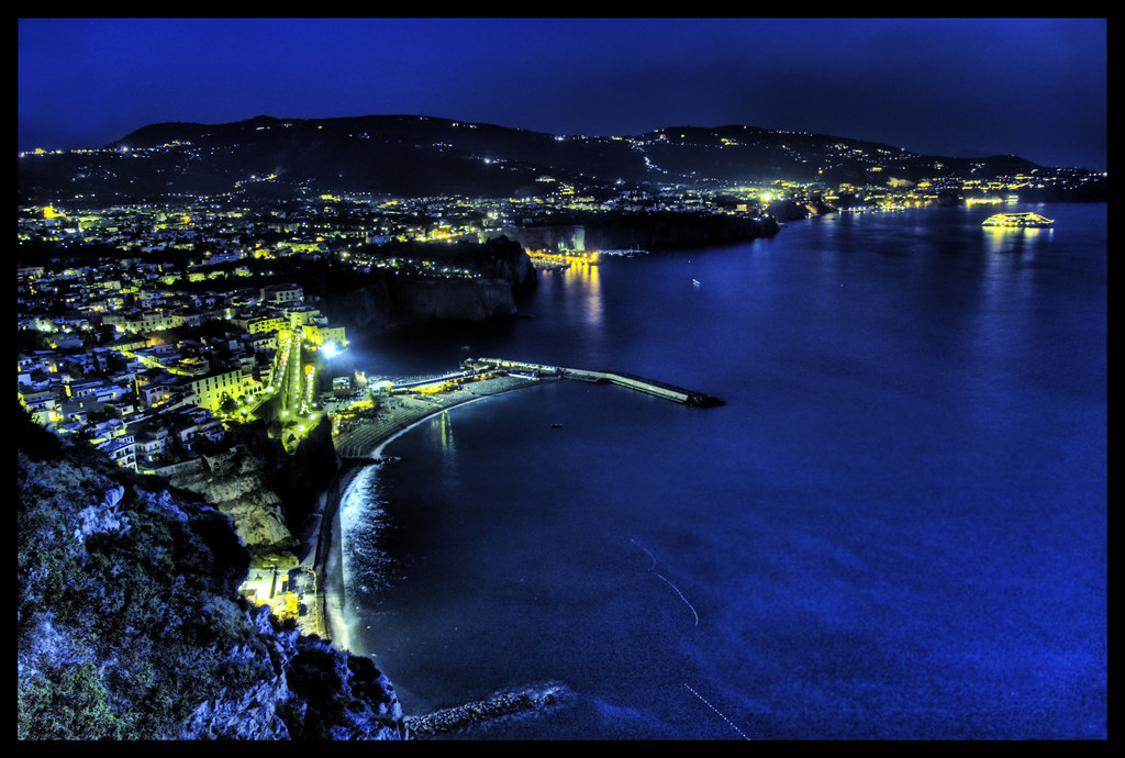 The Amalfi Coast at Night  After Pompeii we went to